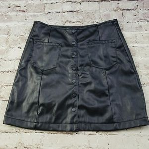 Wild Blue M Faux Leather Mini Snap Front Skirt NWT